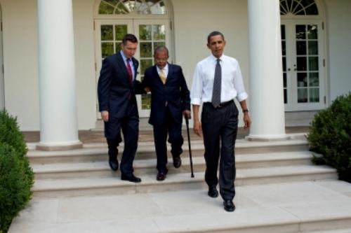 Obama-afterbeers-1